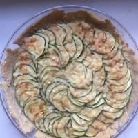 Tarte salée courgettes parmesan (pâte aux flocons d'avoine)